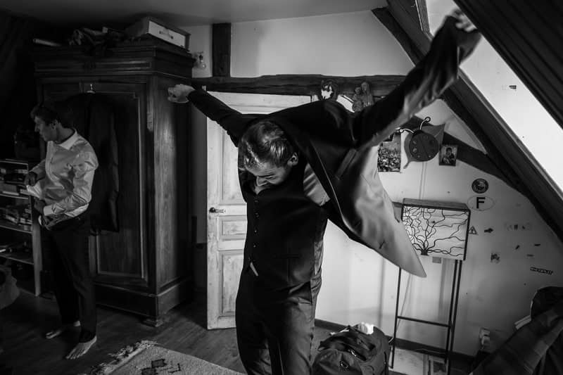 Henri Deroche photographe grand mariage familial abbaye fontmorigny